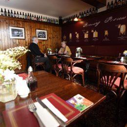 Rose & Crown Restaurant